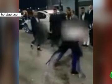 Varios jóvenes se lían a puñetazo en Jaén y un hombre amenaza con un cuchillo a dos mujeres en Bilbao durante la Nochevieja