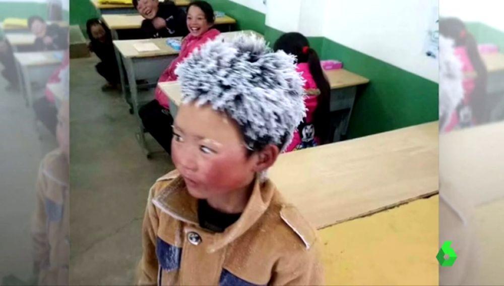 La cruel historia de 'el niño de hielo' que reflejó el drama de la pobreza rural termina con final feliz gracias a la solidaridad mundial