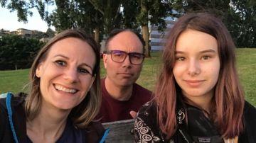 Jessica y Aaron con su hija Alice