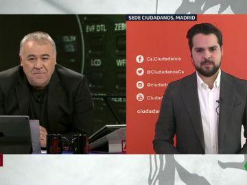 """Fernando de Páramo evita responder a la posibilidad de reunirse con Vox: """"Más allá de las fotografías, nos centramos en cerrar un acuerdo"""""""