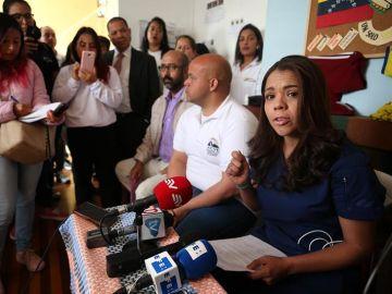 """Diversas asociaciones de venezolanos en Ecuador denucnian lo que consideran una """"Noche de los Cristales Rotos latina"""""""