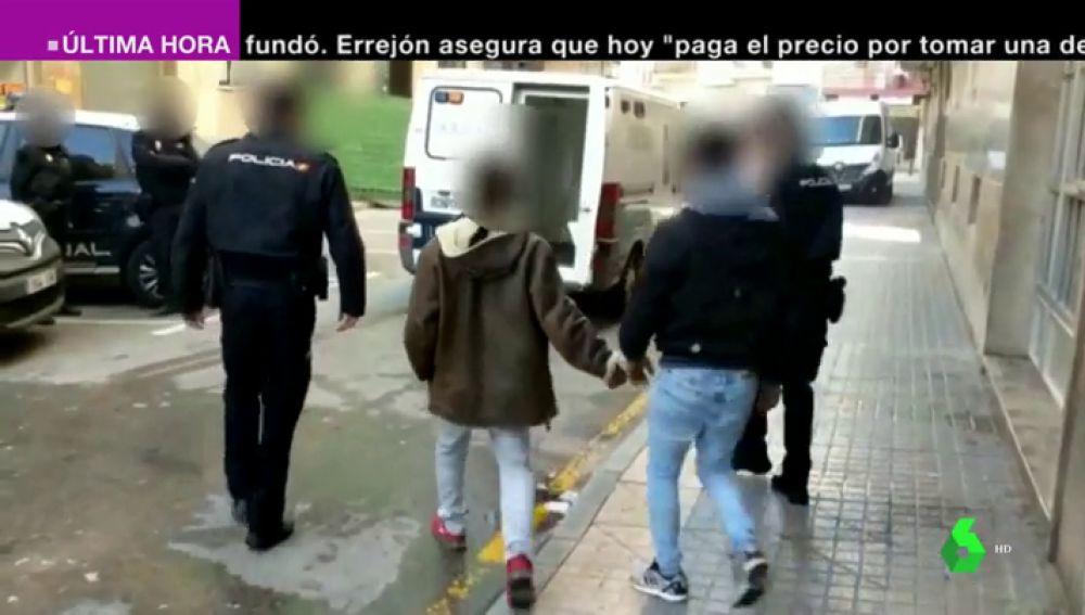 Imagen de dos de los detenidos en Benidorm
