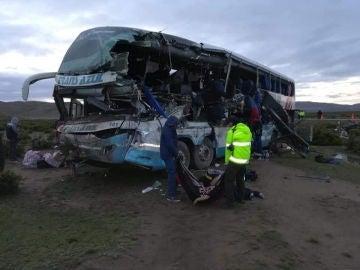 Imagen del accidente de autobús que dejó 22 muertos el pasado sábado en Bolivia