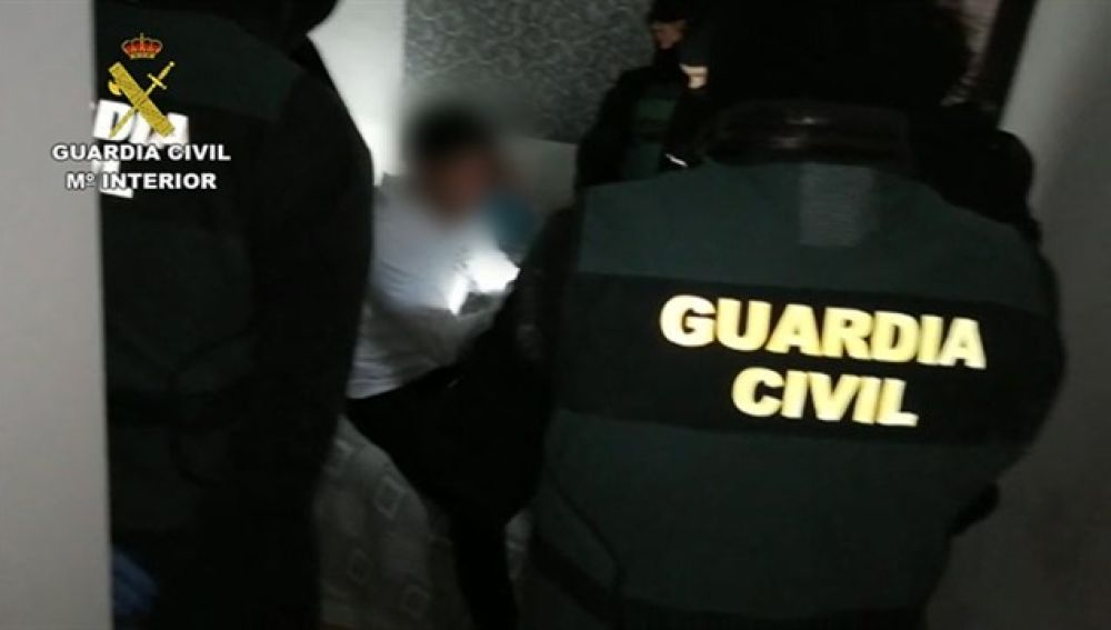 La Guardia Civil detiene a un hombre en Getafe.