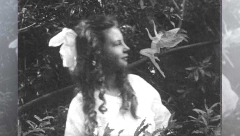 100 años de 'Las hadas de Cottingley', el primer bulo fotográfico de la historia