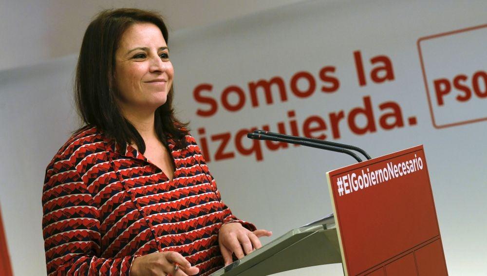 La portavoz del PSOE en el Congreo, Adriana Lastra.