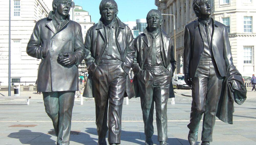 Estatua de los Beattles, Liverpool