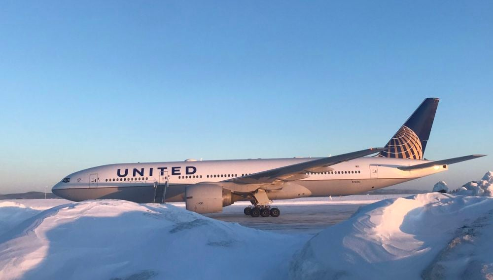 El avión averiado de United Airlines