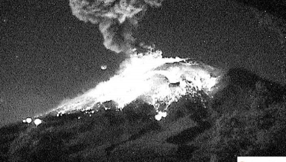 La explosión del Popocatépetl.
