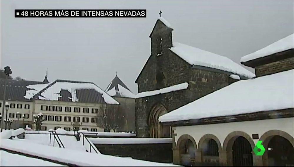 España está de un blanco irreconocible: así ha afectado la nieve en varios puntos del país