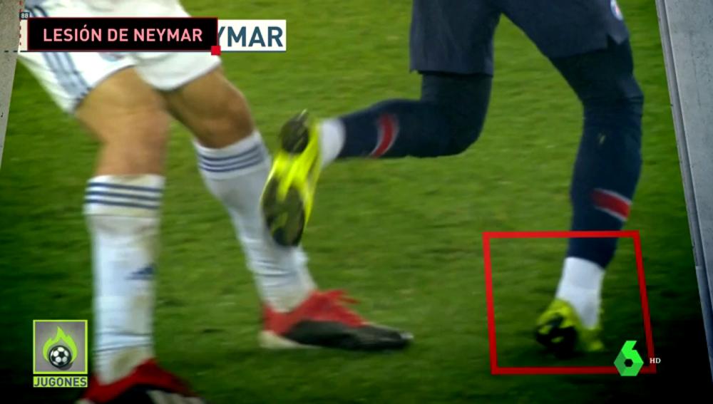 Neymar se lesiona