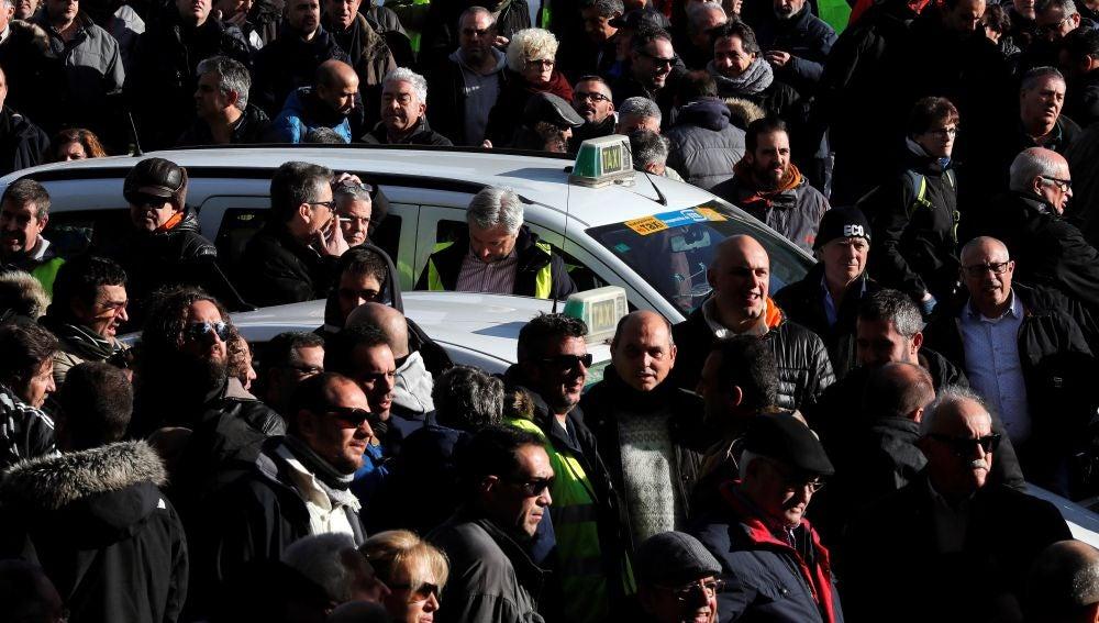 Taxistas se manifiestan en Madrid.