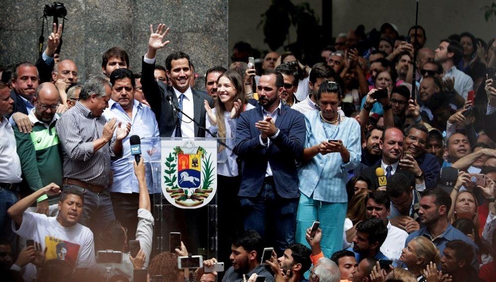 El líder del Parlamento y autoproclamado presidente encargado de Venezuela, Juan Guaidó