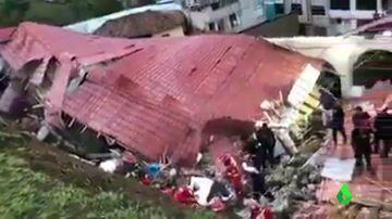 Derrumbe de un hotel en Perú