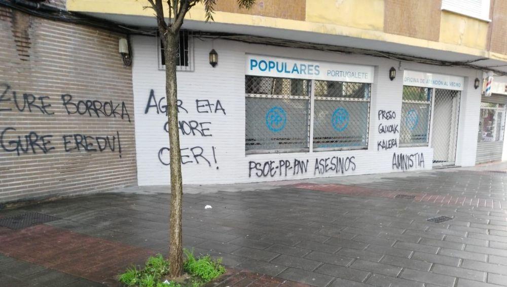 Pintadas en la sede del PP de Portugalete