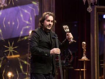 """Isaki Lacuesta recibe el Premio Gaudí a la Mejor Dirección por """"Entre dos aguas"""""""