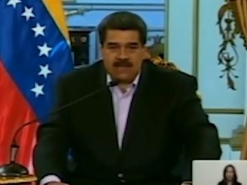 """El vídeo de Maduro amenazando en 'inglés' a Donald Trump que se ha vuelto viral: """"Hands off Venezuela de inmediati"""""""