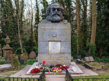 La tumba del filósofo y economista alemán Karl Marx