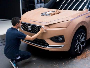 Carlos Arcos modelador de prototipos de Seat
