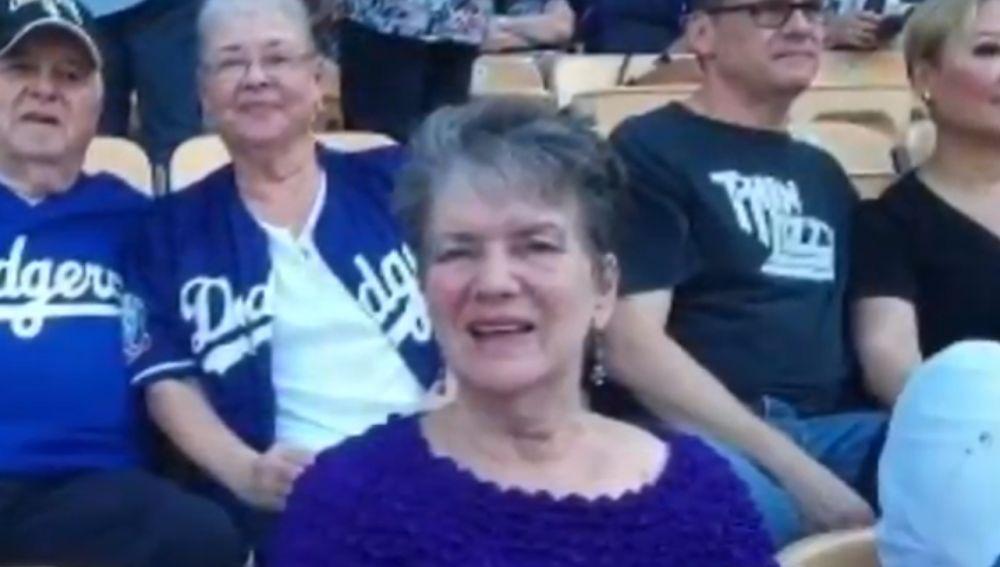 La aficionada de los Dodgers que falleció durante un partido