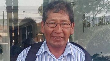Teófilo Cari, el enfermero que camina cinco horas para atender a sus pacientes