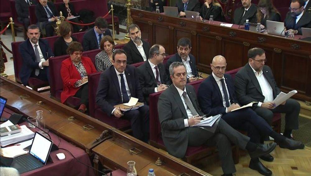 Los acusados en el juicio del procés