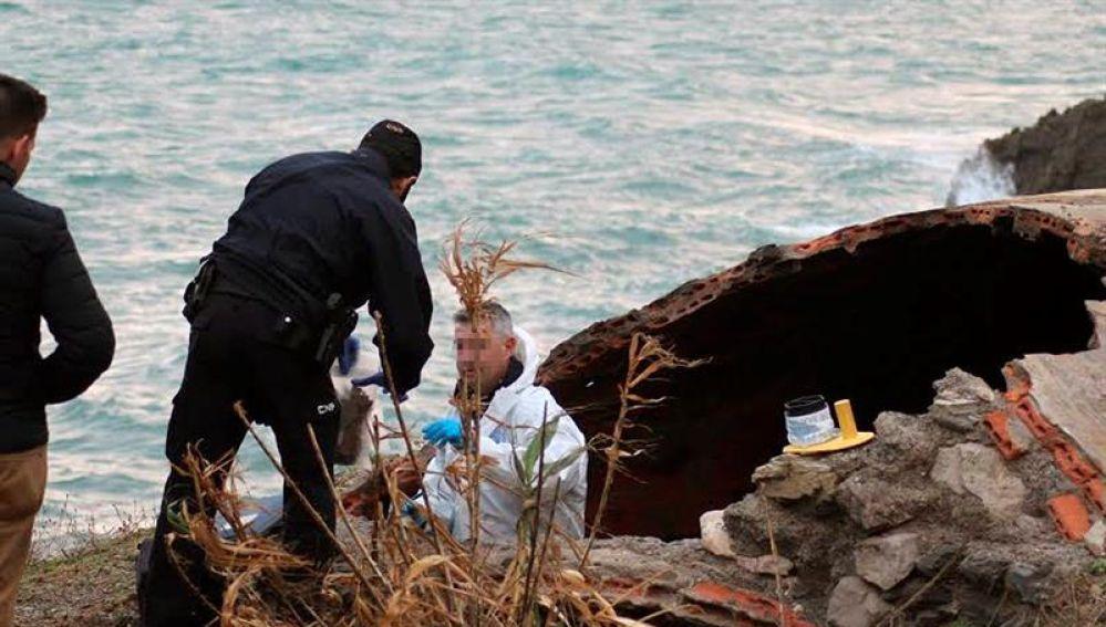 Efectivos de Protección Civil hallan un cadáver carbonizado