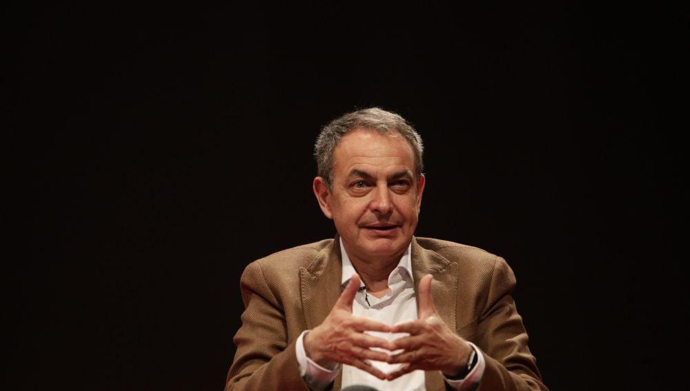 José Luis Rodríguez Zapatero durante su intervención en un acto en Gandía
