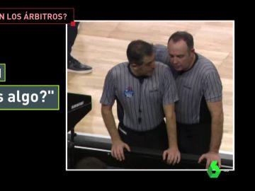 El diálogo de los árbitros en la final de Copa