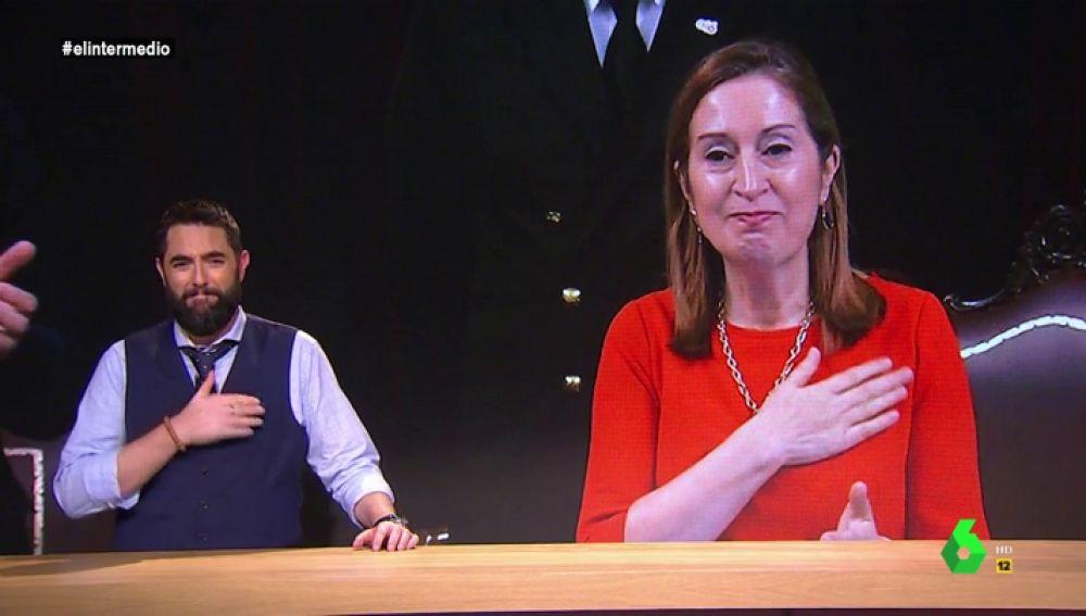 """La emotiva despedida de Dani Mateo a los diputados del Congreso: """"Es como la Casa de Gran Hermano, se pelean cada cinco minutos"""""""