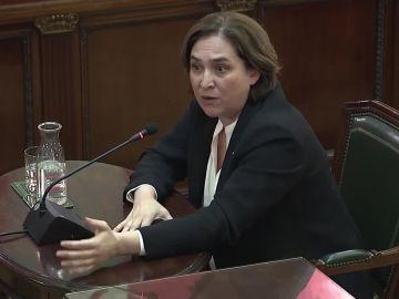 La alcaldesa de Barcelona, Ada Coulau, en el juicio del 'procés'