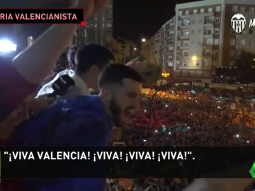 """Fiesta total en Valencia tras alcanzar la final de Copa del Rey: """"¡Illa, illa, illa, nos vamos a Sevilla!"""""""