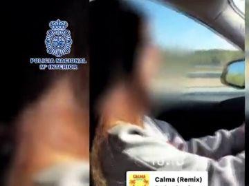 La Policía Nacional detiene a una menor tras subir un vídeo a Instagram conduciendo a 220 km/h