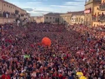 Multitudinario y emotivo homenaje a José Pinto en Ciudad Rodrigo el día en el que tenía que dar el pregón del Carnaval