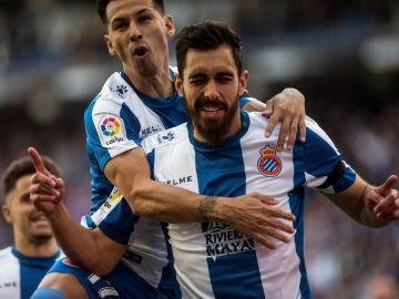 Borja Iglesias celebra un gol