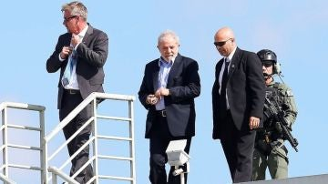 Lula da Silva regresa a prisión tras participar en el funeral de uno de sus nietos