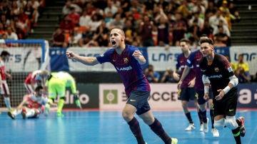 Ferrao celebra un gol