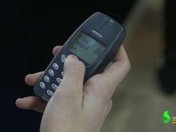¿Los teléfonos antiguos son más seguros?, ¿han perdido su utilidad?: la respuesta a estas y otras preguntas en el Mobile World Congress