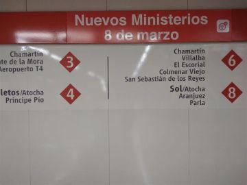 Señales de Cercanías en la estación madrileña de Nuevos Ministerios