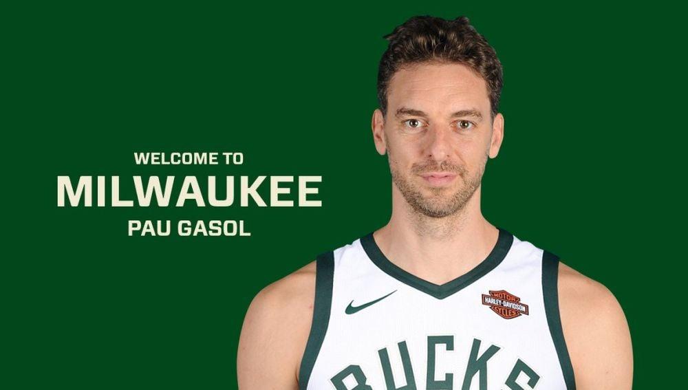 Pau Gasol presentado como jugador de los Milwaukee Bucks
