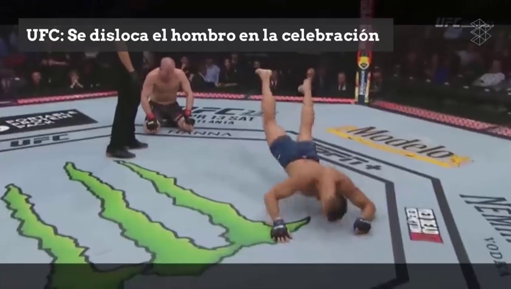 Gana por KO con un rodillazo volador y se disloca el hombro con la celebración