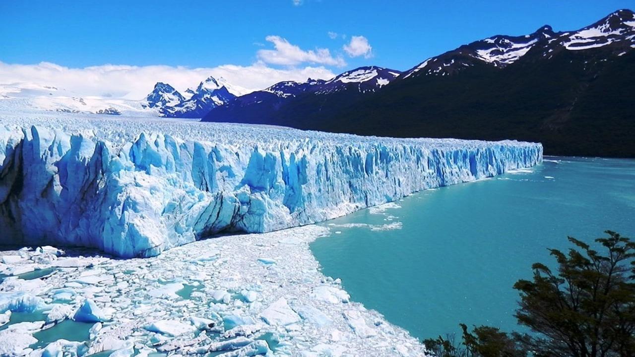 Todo lo que tienes que saber del glaciar Perito Moreno, uno de los más espectaculares del planeta