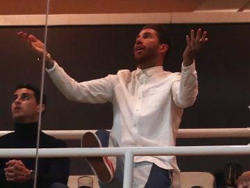 Sergio Ramos, viendo el partido contra el Ajax en el palco