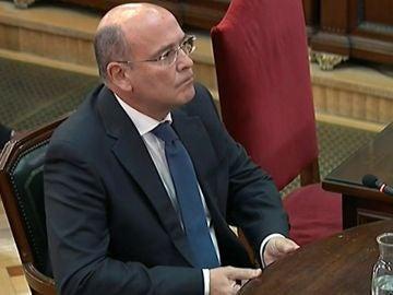 El coronel de la Guardia Civil Diego Pérez de los Cobos, durante su declaración en el juicio del 'procés'