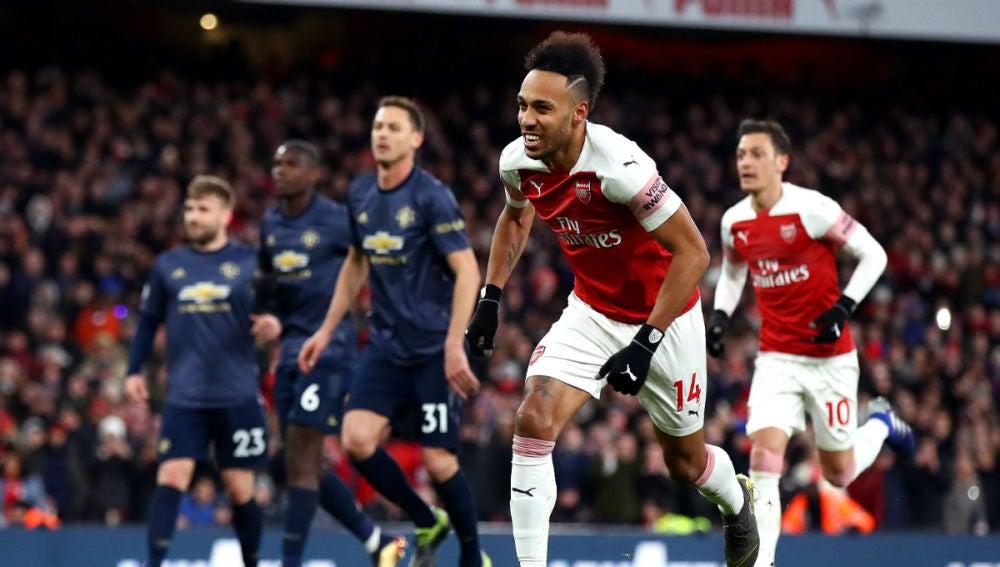 Aubameyang celebra un gol con el Arsenal