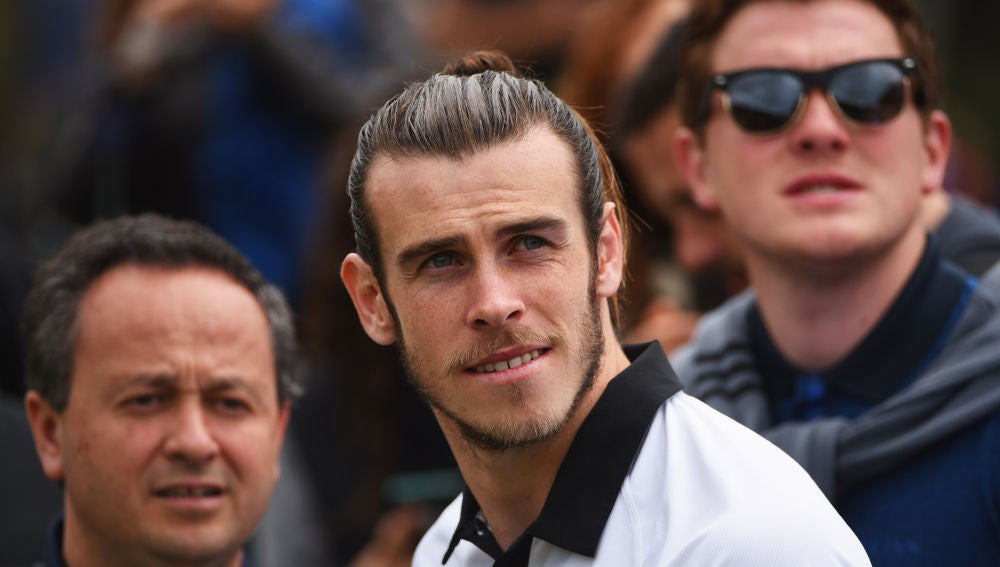 Gareth Bale en un campo de golf