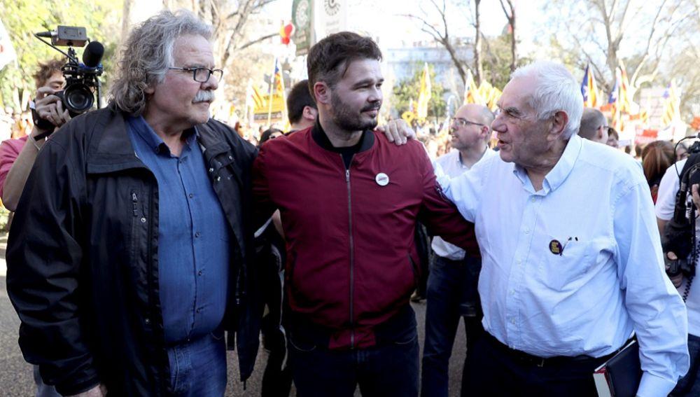 Los diputados de ERC Joan Tardá, Gabriel Rufián y el candidato de la formación a la alcaldía por Barcelona, Ernest Maragall