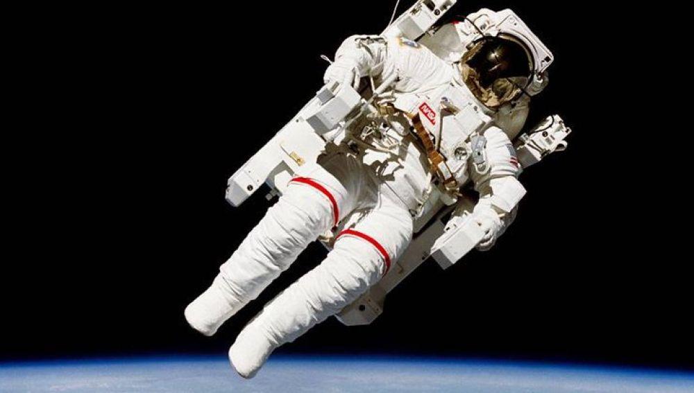 Astronautas han