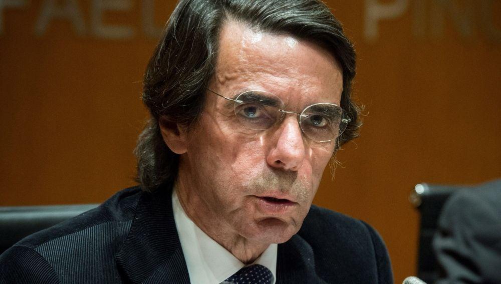 """El expresidente del Gobierno y presidente de FAES, José María Aznar, durante la presentación de la biografía """"Lerroux. La República liberal"""""""