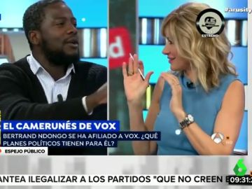 """El duro enfrentamiento entre el camerunés de Vox y Susanna Griso: """"Tienes 30 años, no tienes legitimidad para hablar de Franco"""""""